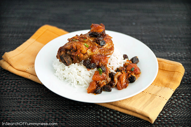 Moroccan-Inspired Chicken Stew Recipe | InSearchOfYummyness.com #sponsored #mapleleafprime