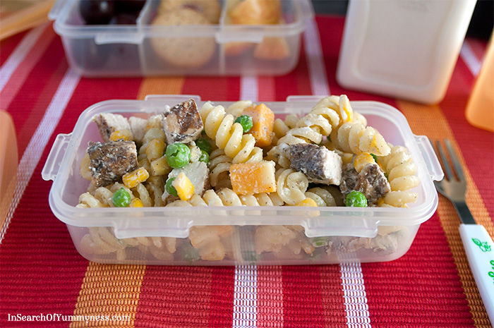 Plain Pasta Salad for Picky Eaters | InSearchOfYummyness.com #BTS #MapleLeafPrime