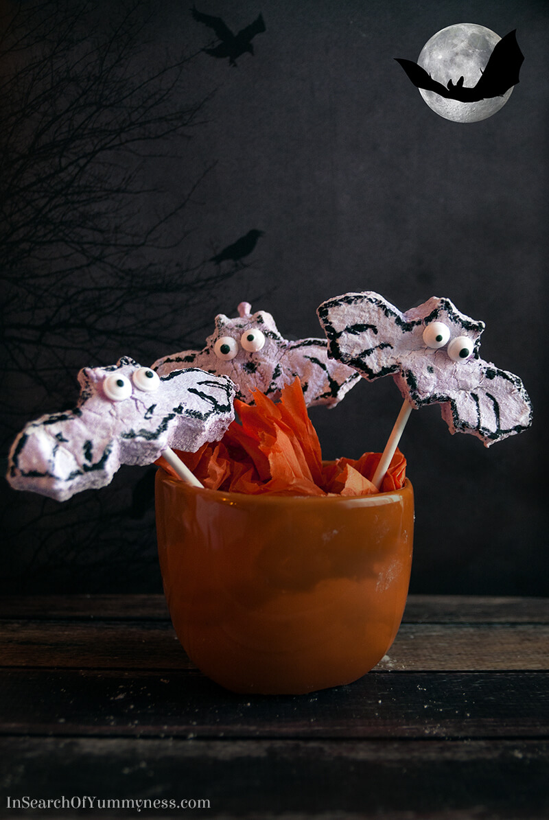 Watch out! These adorable blueberry marshmallow bats might just fly off your Halloween party table!