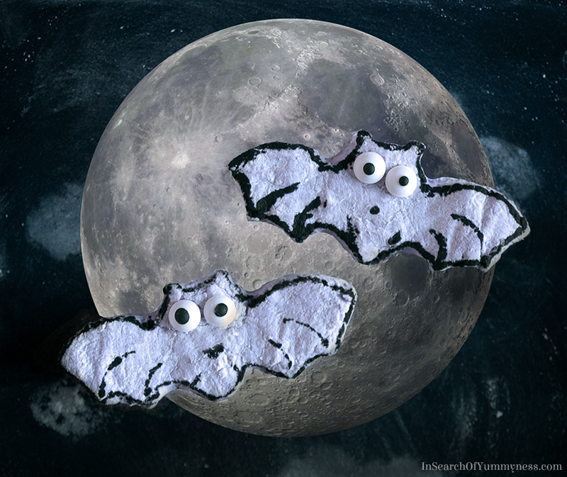 marshmallow-bats-and-moon2_v2800