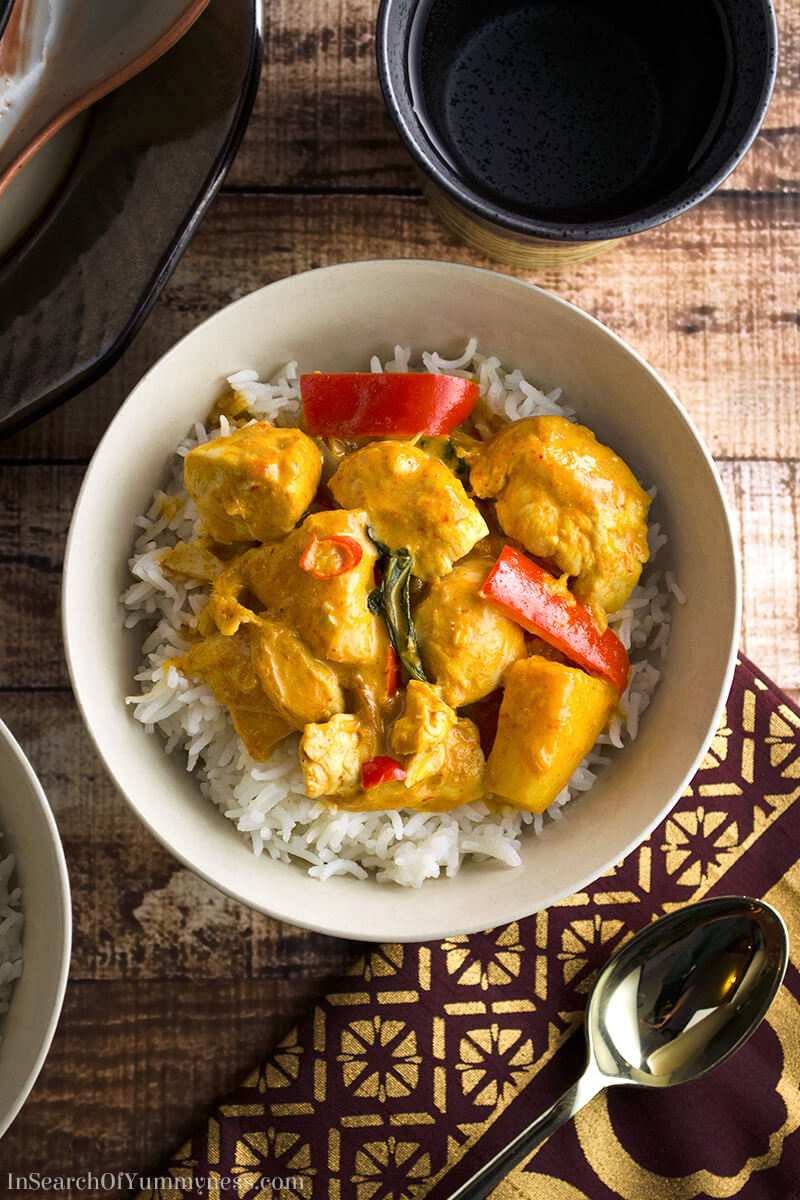 Thai red curry recipe with chicken, pineapple and peppers. | InSearchOfYummyness.com