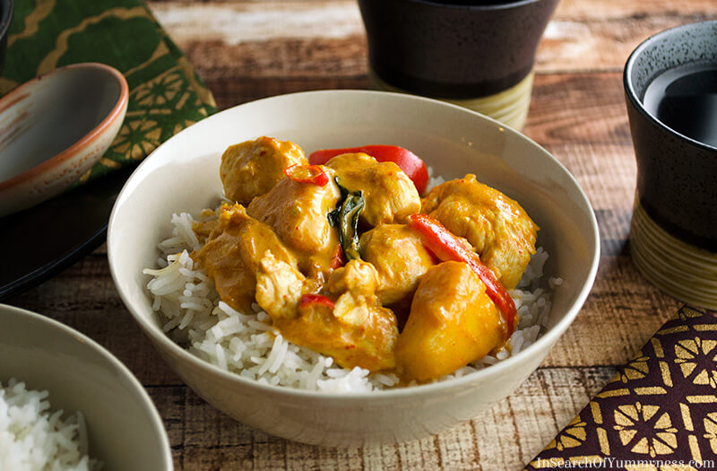 Thai Red Curry with Chicken, Pineapple and Peppers | In Search Of Yummy-ness