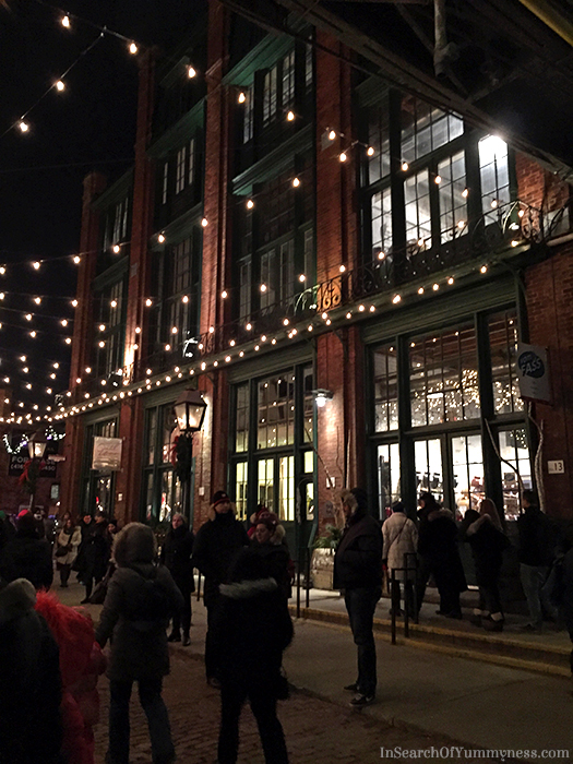 Toronto Christmas Market Distillery District | In Search Of Yummy-ness