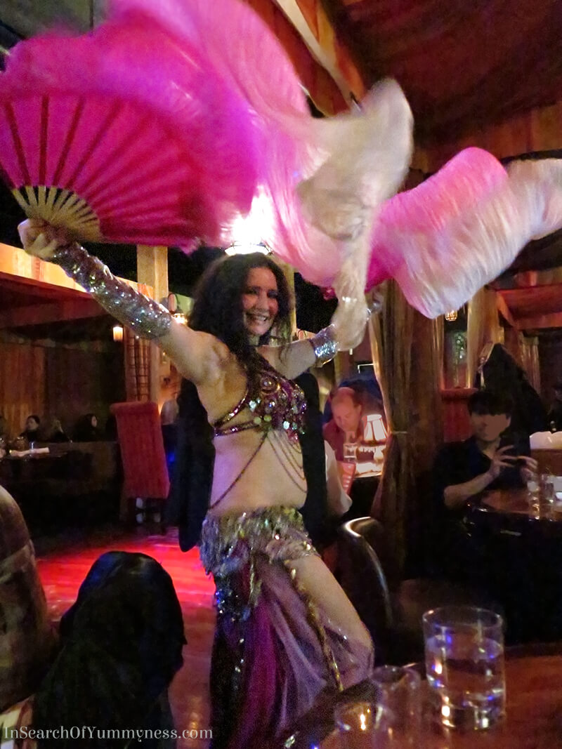 Belly Dancing at The Sultan's Tent | InSearchOfYummyness.com
