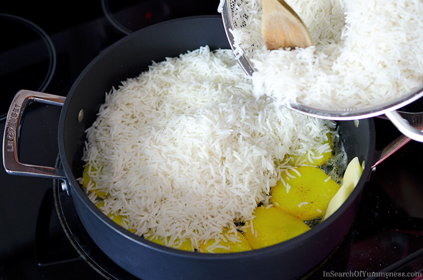 Cooking Persian Rice with Potato Tahdig | InSearchOfYummyness.com | Image protected by copyright!