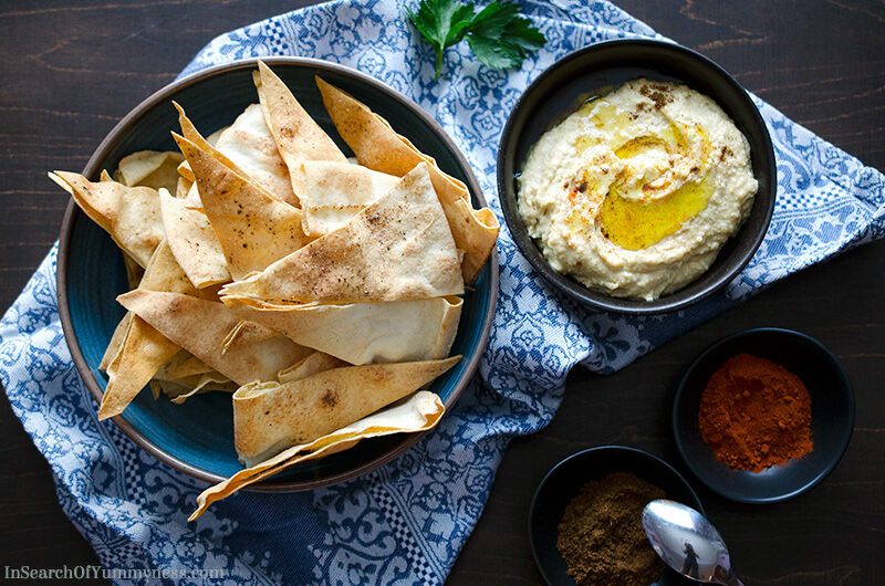 Hummus and Pita Chips | InSearchOfYummyness.com